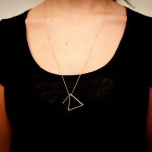 Collier Double Triangle