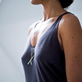 collier bijoux minimalistes, originaux origami