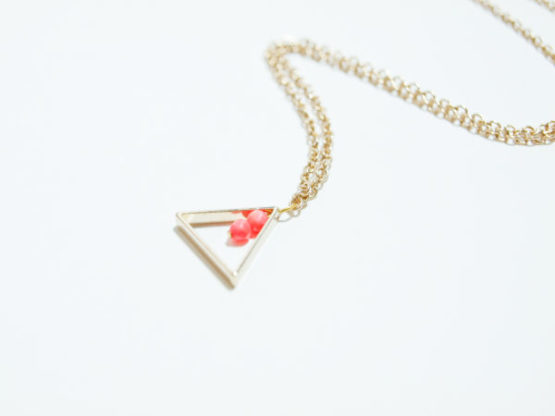 collier femme triangle or pas cher
