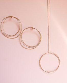 maxi boucles d'oreilles Maxi collier